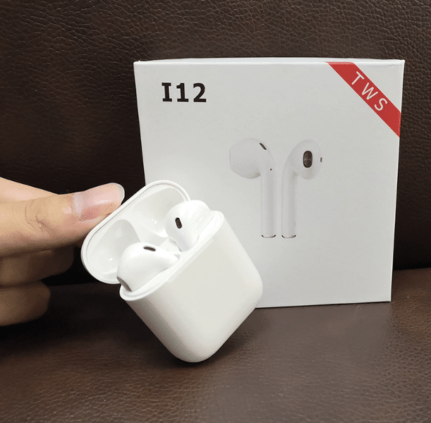 i12 TWS Airpods Replica